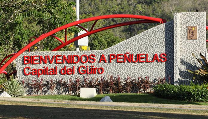 Entrada al Municipio de Peñuelas.