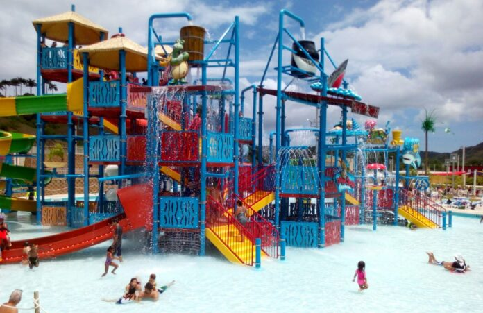 Surf 'N Fun Water Park en San Germán.