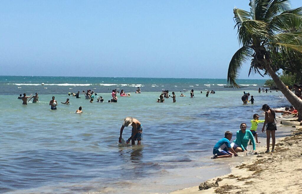 Balneario Caña Gorda, en Guánica. (Voces del Sur)