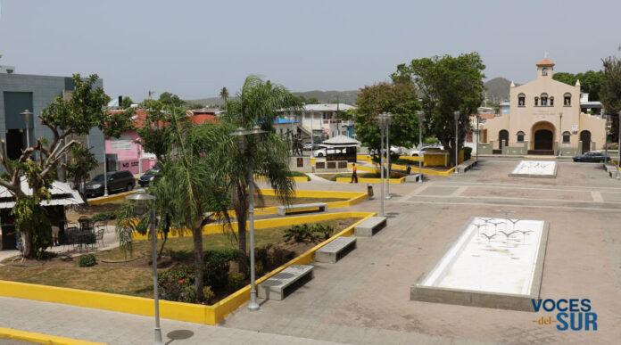 Plaza pública de Guánica. (Voces del Sur)