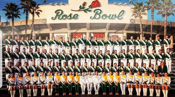 Foto oficial de la Banda Escolar de Guayanilla en el Desfile de las Rosas de Pasadena, California 2019. (Twitter / Banda Escolar Guayanilla Inc)