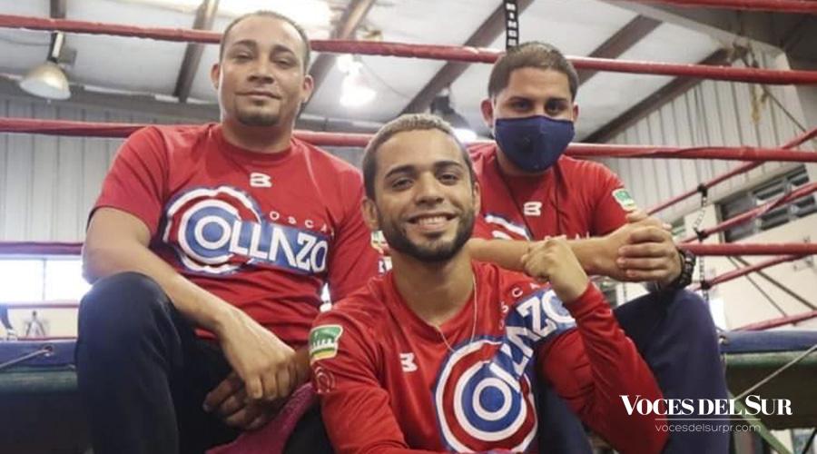 Óscar Collazo junto a su entrenador Carlos Ortiz y el preparador físico Christian Ortiz. (Voces del Sur / Sara R. Marrero Cabán)