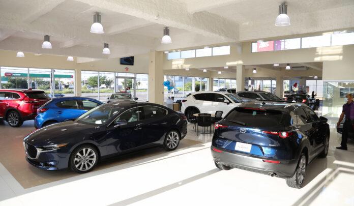 Bella Auto Mall en la ciudad de Ponce.
